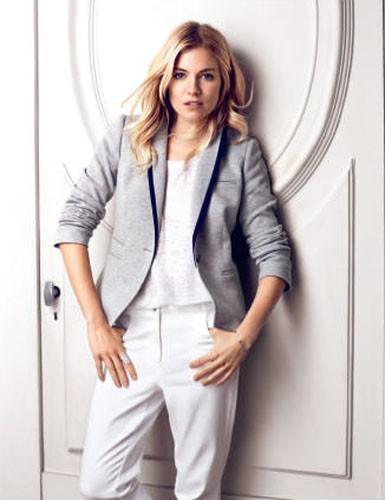 Sienna Miller x Caroll Paris : jamais deux sans trois !