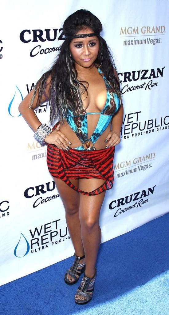 Le trikini sur tapis rouge de Snooki !