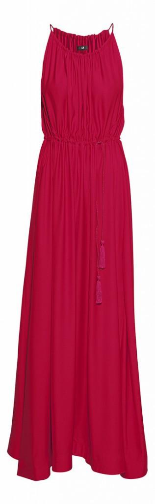 En satin, drapée en fronces, avec ceinture à pompoms, H&M, 19,95 €