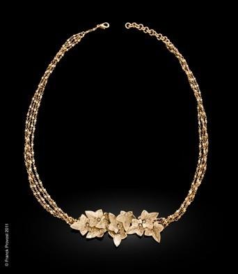 Collection de bijoux cheveux Franck Provost pour le 64 ème Festival de Cannes: Le sautoir doré