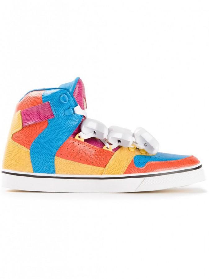 Adidas originals by Jeremy Scott, sur farfetch.com 140 €