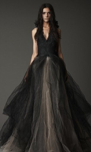 mode vera wang lance une collection de robes de mari es