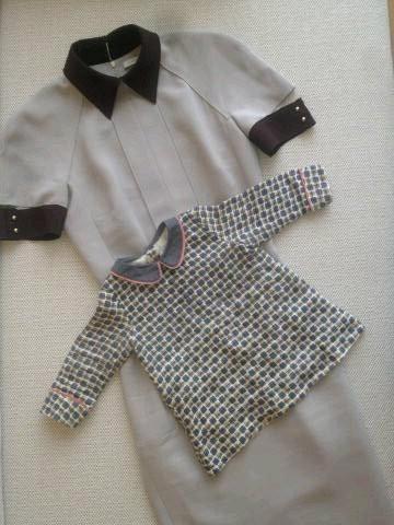 Robe grise pour Victoria, robe imprimée pour Harper