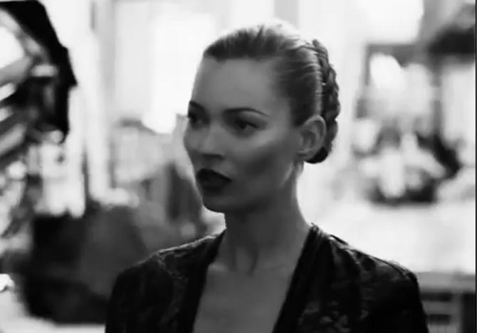 Kate Moss pour la campagne automne-hiver 2012/2013 Ferragamo