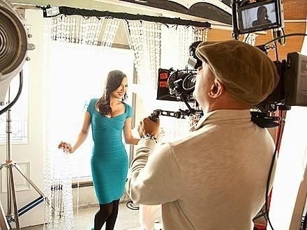 Naya Rivera, en plein tournage de la campagne Proactiv