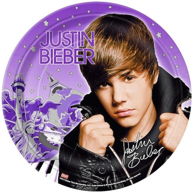 Lot de 8 assiettes Justin Bieber, wallysfactory.com 1,30 €