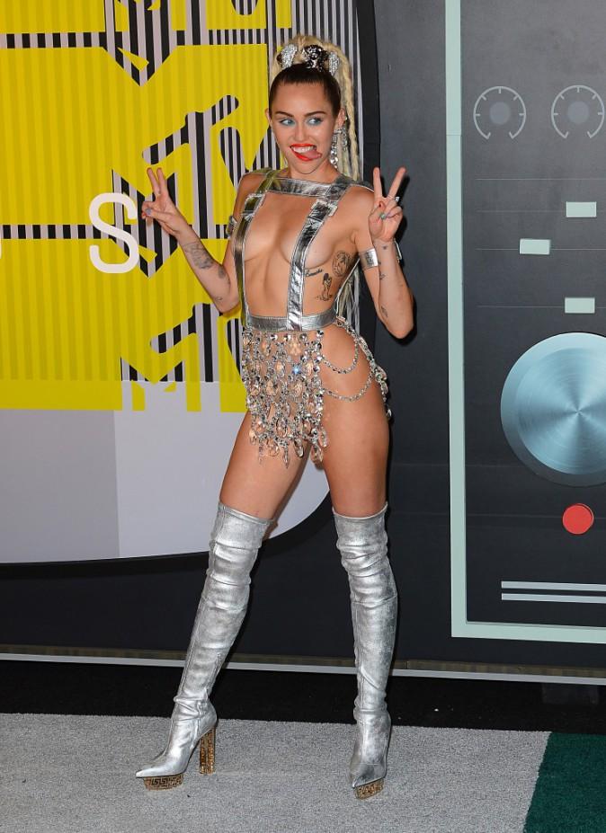 Miley Cyrus en Versace