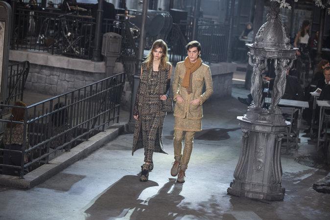 Photos : Audrey Marnay, Bella Hadid, Lara Stone : sublimes pour le défilé Chanel