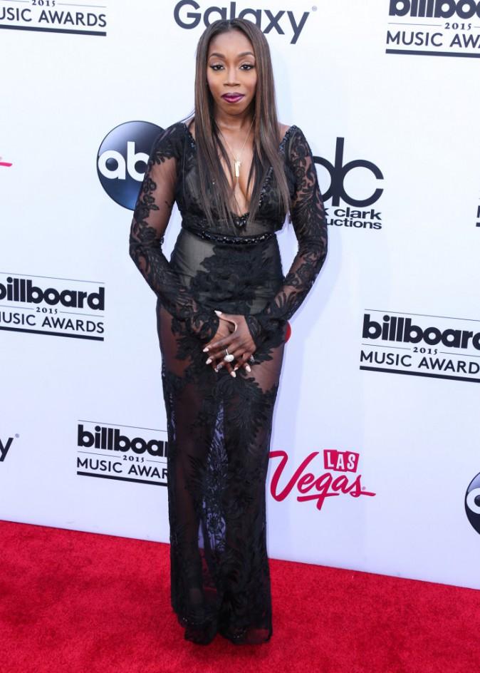 Estelle en robe griffée Galia Lahav, le 17 mai aux Billboard Music Awards 2015