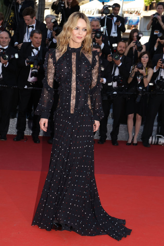 Vanessa Paradis sur le tapis rouge du 69e Festival de Cannes