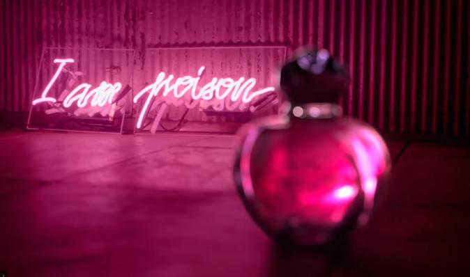"""Camille Crowe la nouvelle """"Poison Girl"""""""