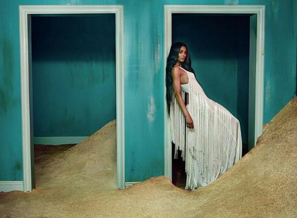 Photos : Ciara, nouvelle égérie bohème de Roberto Cavalli !