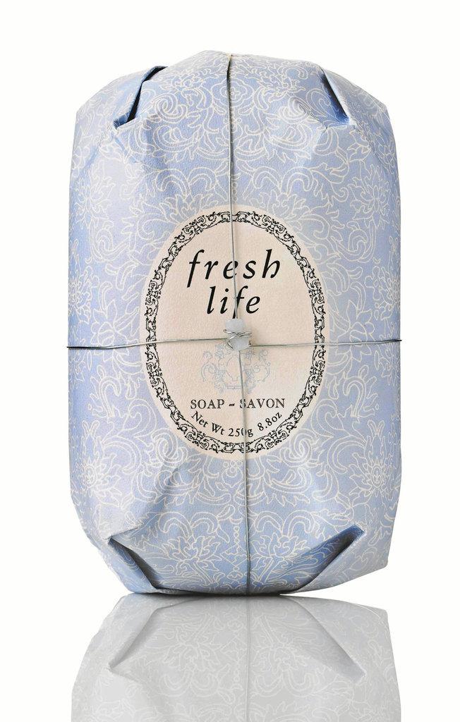 Savon Oval Fresh Life, Fresh Cosmetics. 16 €.