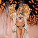 Candice Swanepoel : jolie blondasse !