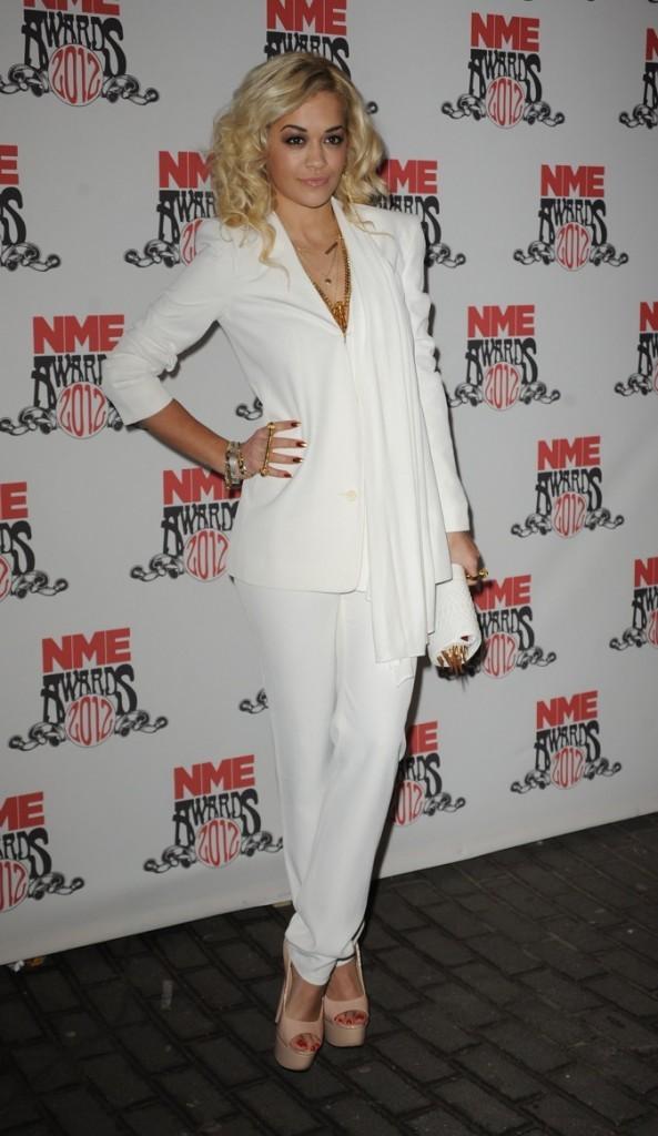 Trop glamour la jolie Rita Ora !