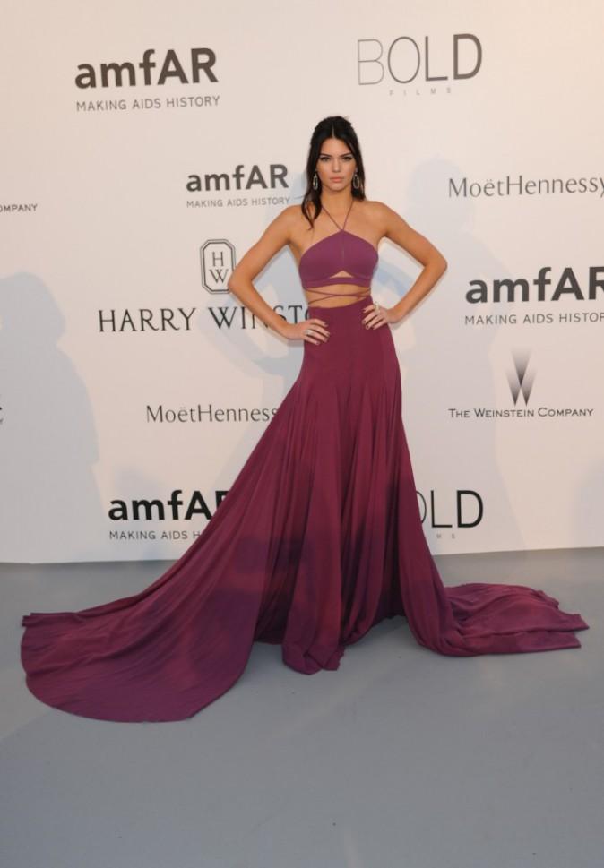 Kendall Jenner en Calvin Klein, le jeudi 22 mai au gala AmfAR