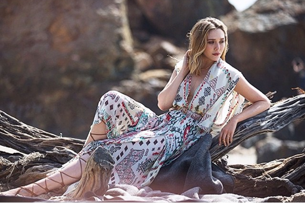 Elizabeth Olsen pour The Edit : une vraie summer girl !