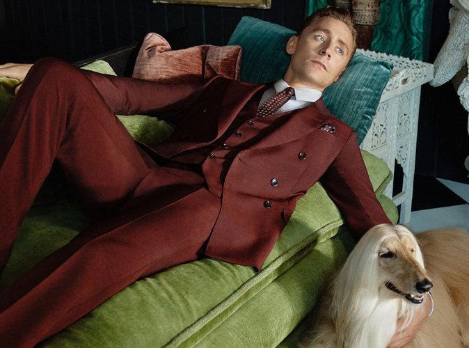 Photos : Exit les filles, Tom Hiddleston pose avec des chiens pour Gucci !