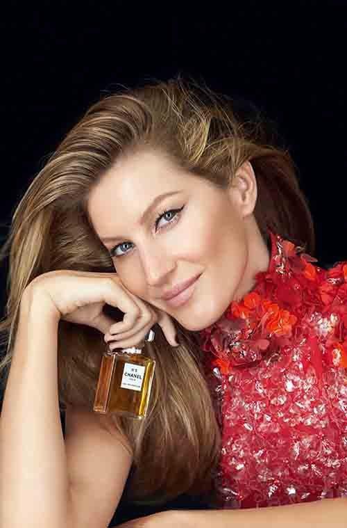 Gisele Bündchen sublimée par Patrick Demarchelier pour la nouvelle campagne Chanel N°5 !