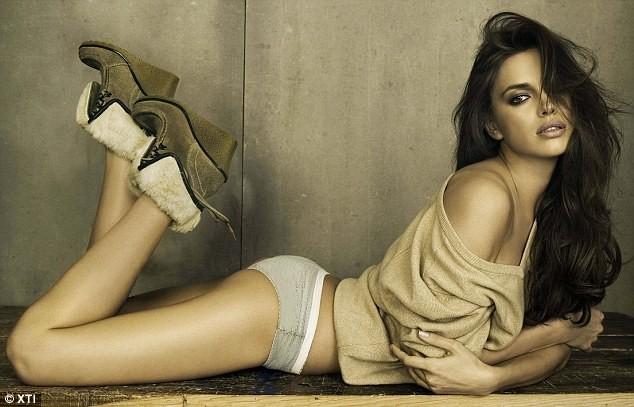 Irina shayk pour la campagne de pub Automne-Hiver 2011 de la marque Xti !
