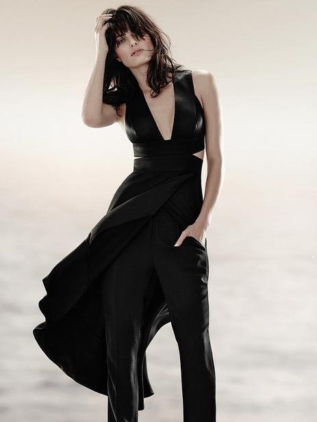 Photos : Isabeli Fontana : sensuelle et mystérieuse pour Tufi Duek !