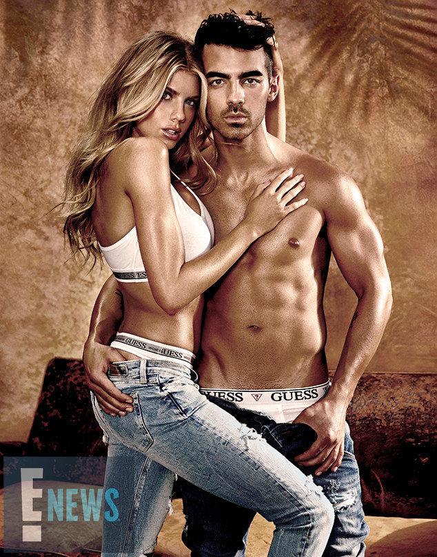 Joe Jonas et Charlotte McKinney dans la nouvelle campagne Guess Underwear