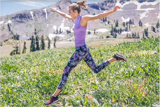 Photos : Karlie Kloss, fan de fitness, Adidas la recrute !