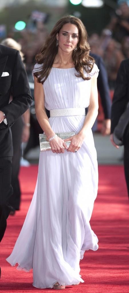 Kate Middleton arrive aux BAFTA Brits !