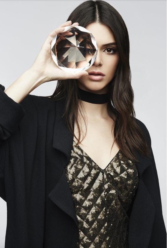 Kendall et Kylie Jenner pour PacSun collection fêtes de fin d'année