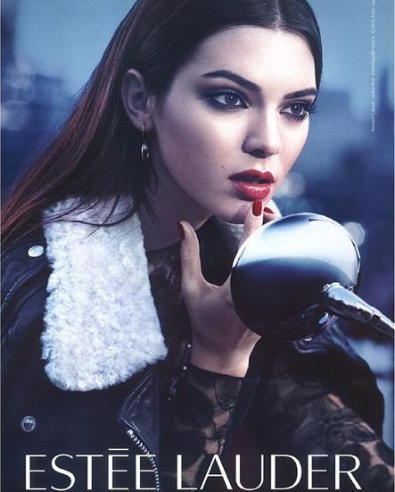 Kendall Jenner, égérie Estée Lauder, nouvelle campagne