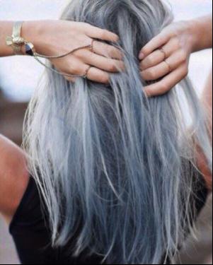 Cheveux délavés