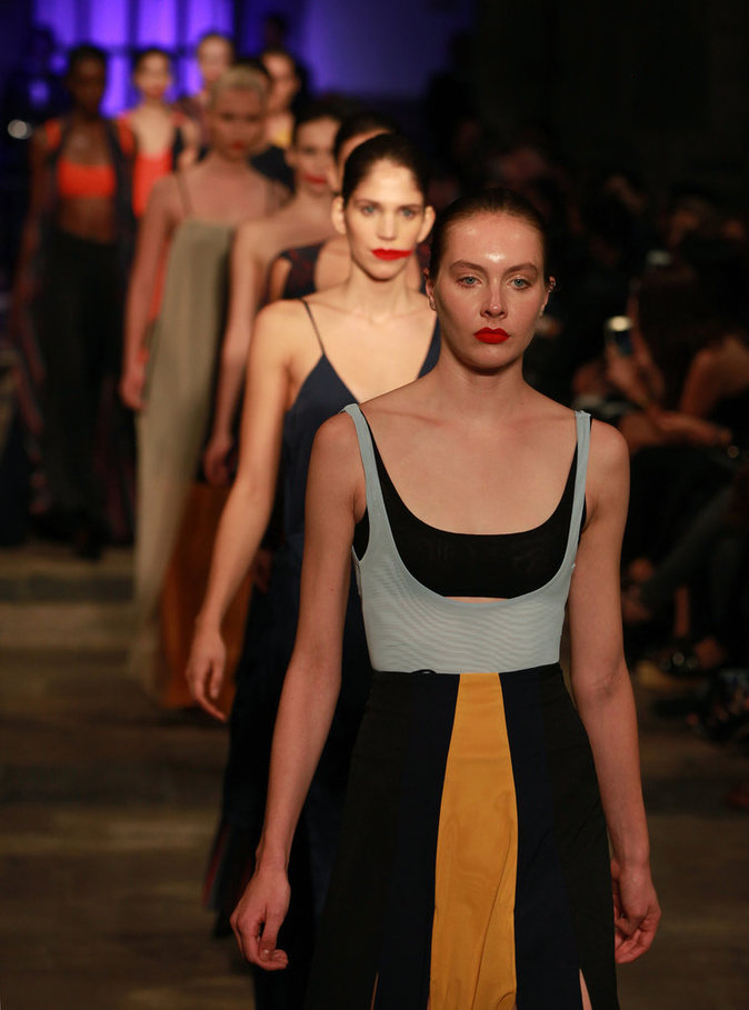 Photos : La fashion week mexicaine est-elle trop vulgaire ?