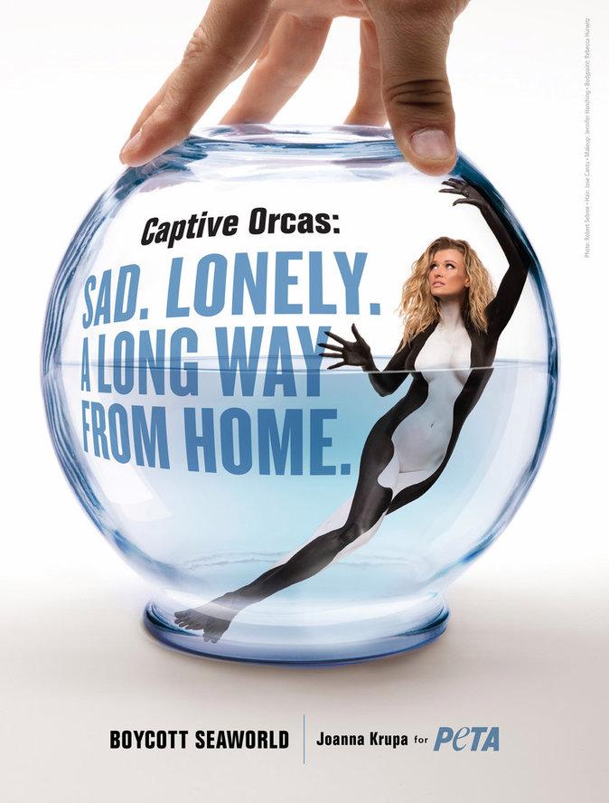 Photos : Le mannequin polonais Joanna Krupa à poil pour la bonne cause !