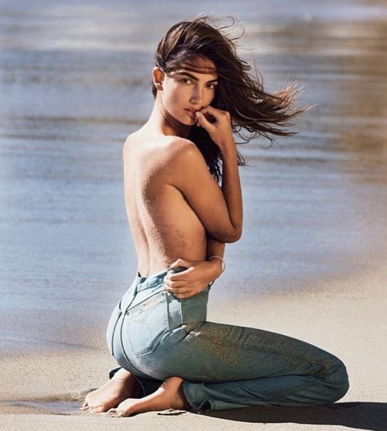 Photos : Lily Aldridge en déesse des mers pour Maxim Magazine !