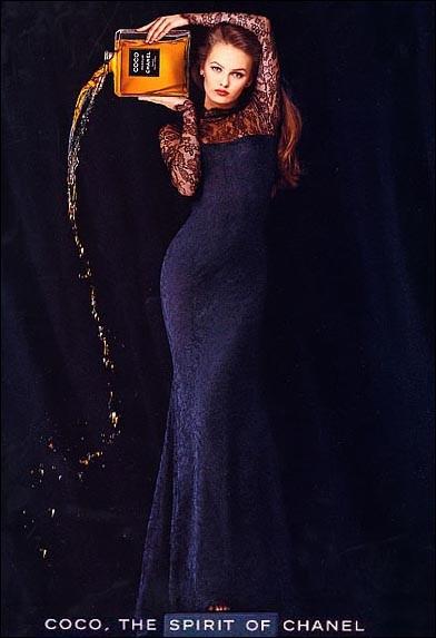 Campagne de Vanessa Paris pour le parfum Coco Chanel, en 1991