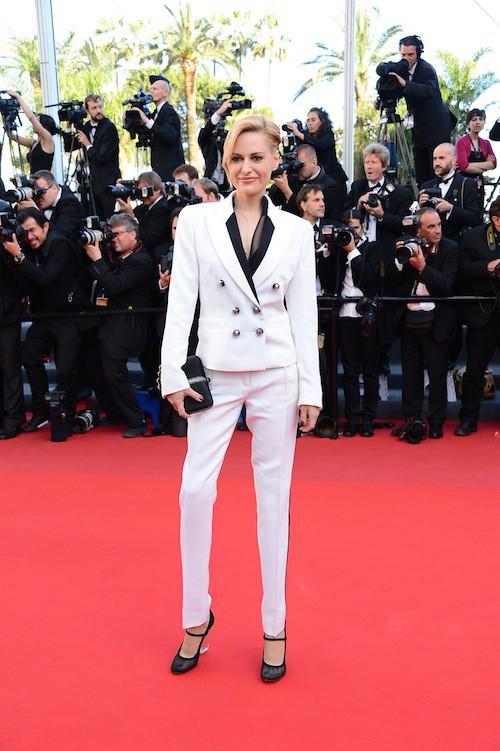 La sublime Aimee Mullins, amputée des deux genoux