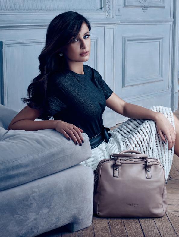 Photos : Malika Ménard : l'ex-Miss France devient égérie Fuchsia !