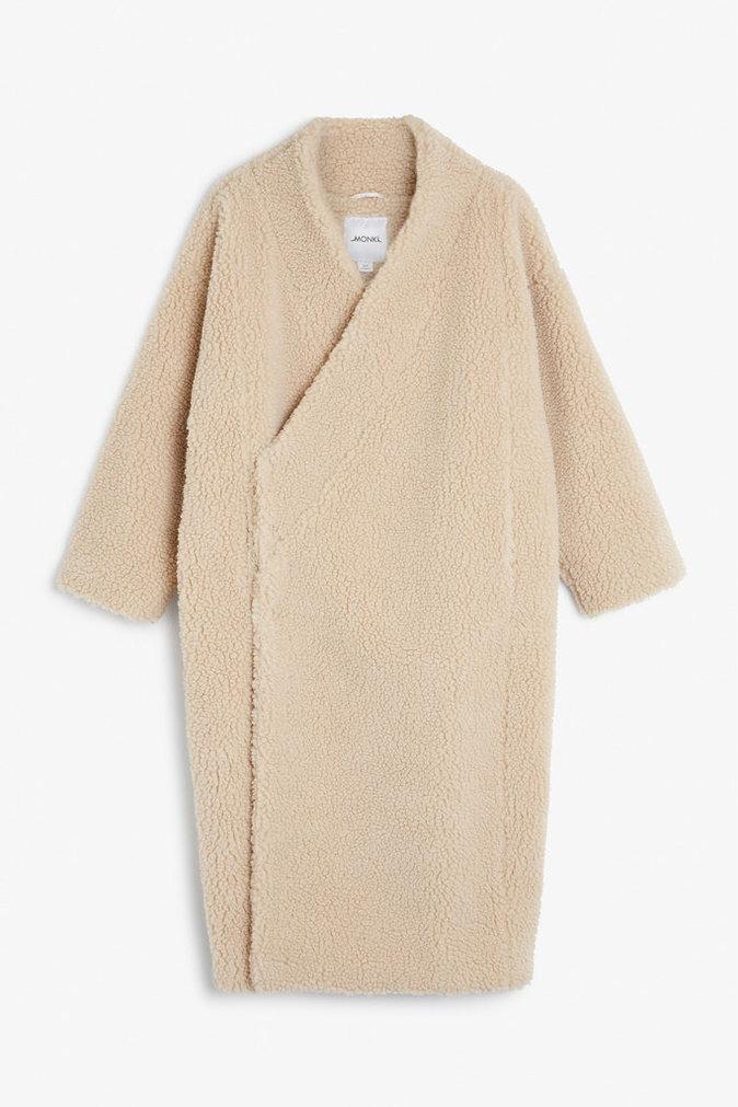 Manteau nude façon kimono - MONKI - 100€.
