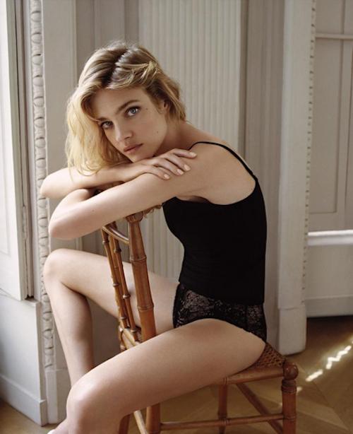Photos : Natalia Vodianova sensuelle pour sa nouvelle campagne Etam Lingerie !