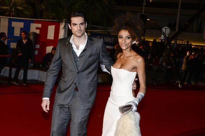 Gil Alma et sa compagne sur le tapis rouge des 14èmes NRJ Music Awards