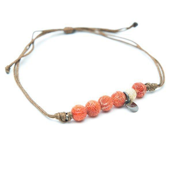 Un bracelet corail de Lsonge