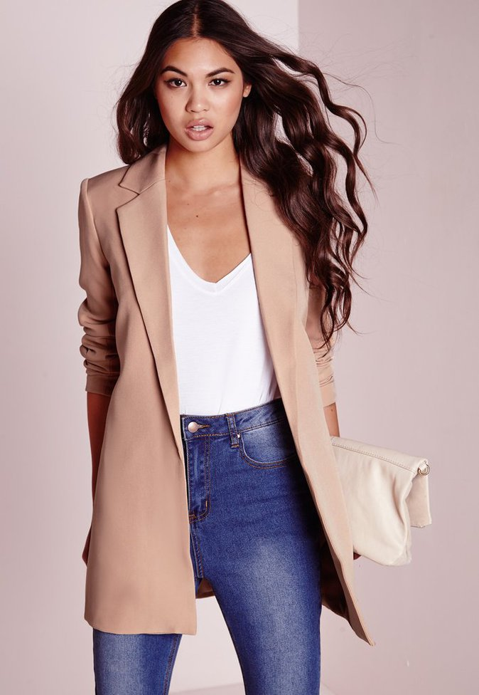 Blazer long nude – Missguided – 46,55€