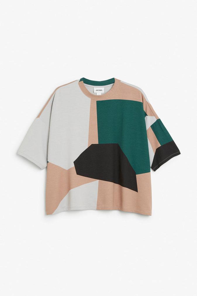 Pull motifs géométriques – MONKI – 35€