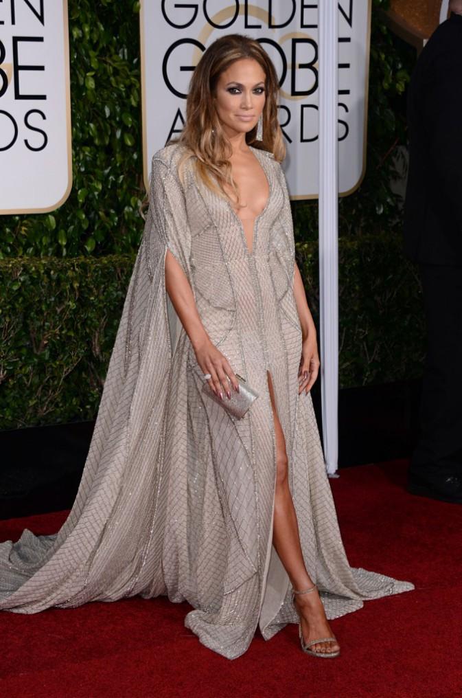 La cape : Do : Jennifer Lopez