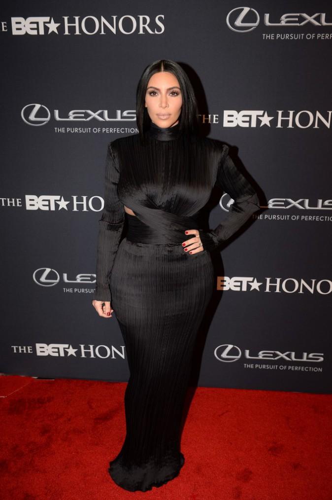 Robe noire : Don't : Kim Kardashian