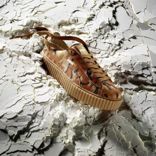 """Photos : Rihanna intronisée """"Reine de la chaussure"""" devant Kanye West !"""