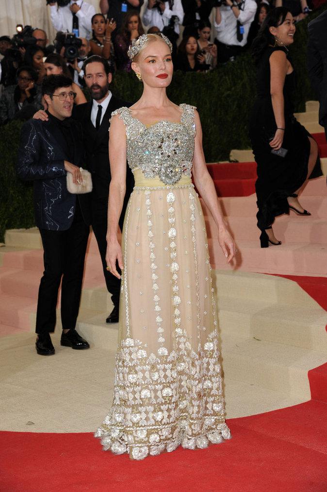 Kate Bosworth sur le red carpet du Met Gala 2016