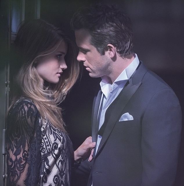 Rosie Huntington-Whiteley et Ryan Reynolds pour Marks & Spencer !