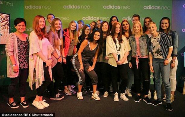 Selena Gomez : une parfaite égérie en pleine promotion pour Adidas NEO : avec ses fans