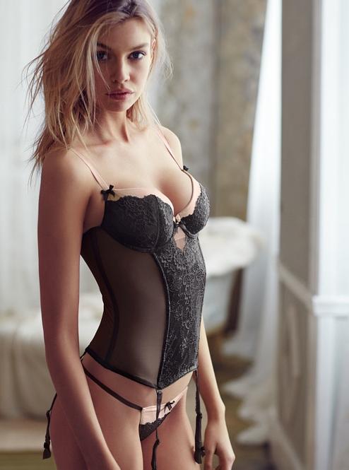 Stella Maxwell pour la dernière campagne Victoria's Secret